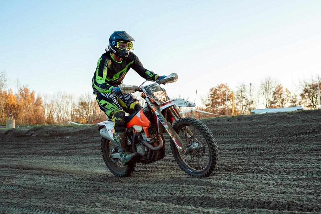 Motorcross Axel
